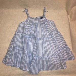 Baby Gap White and Blue summer dress size 12-18m